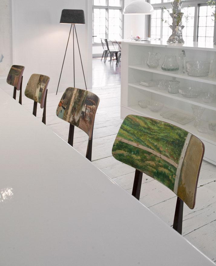Pavillon de chasse rénové par Uxus Design + chaises Swarm design