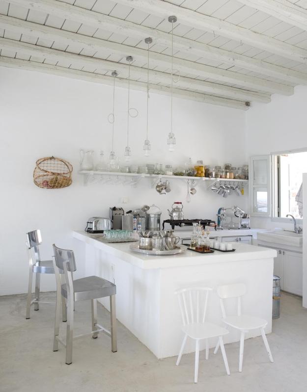 Décor des îles grecques : La maison de Paola Navone à Serifos ...