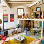 Une ferme rénovée en Galice, un intérieur rustique très coloré