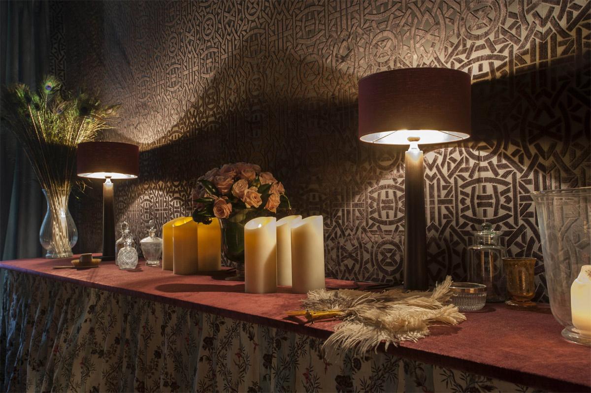 Papier peint princesse 4 murs toulon prix au m2 renovation salle de bain soci t ihxey for Pierre frey showroom