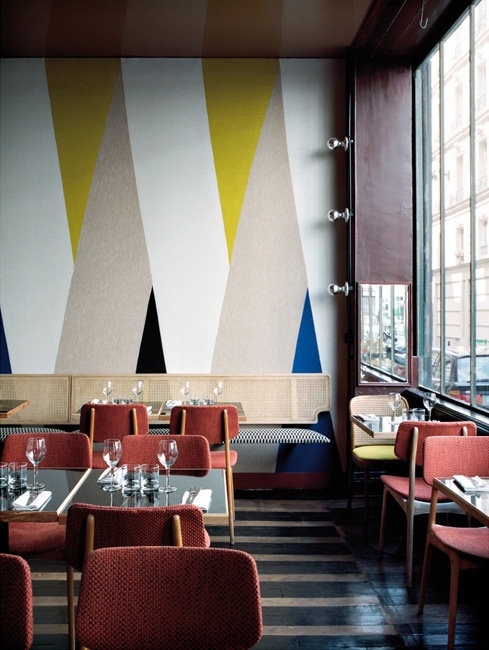 Sélection de peintures murales géométriques // Restaurant Pan à Paris