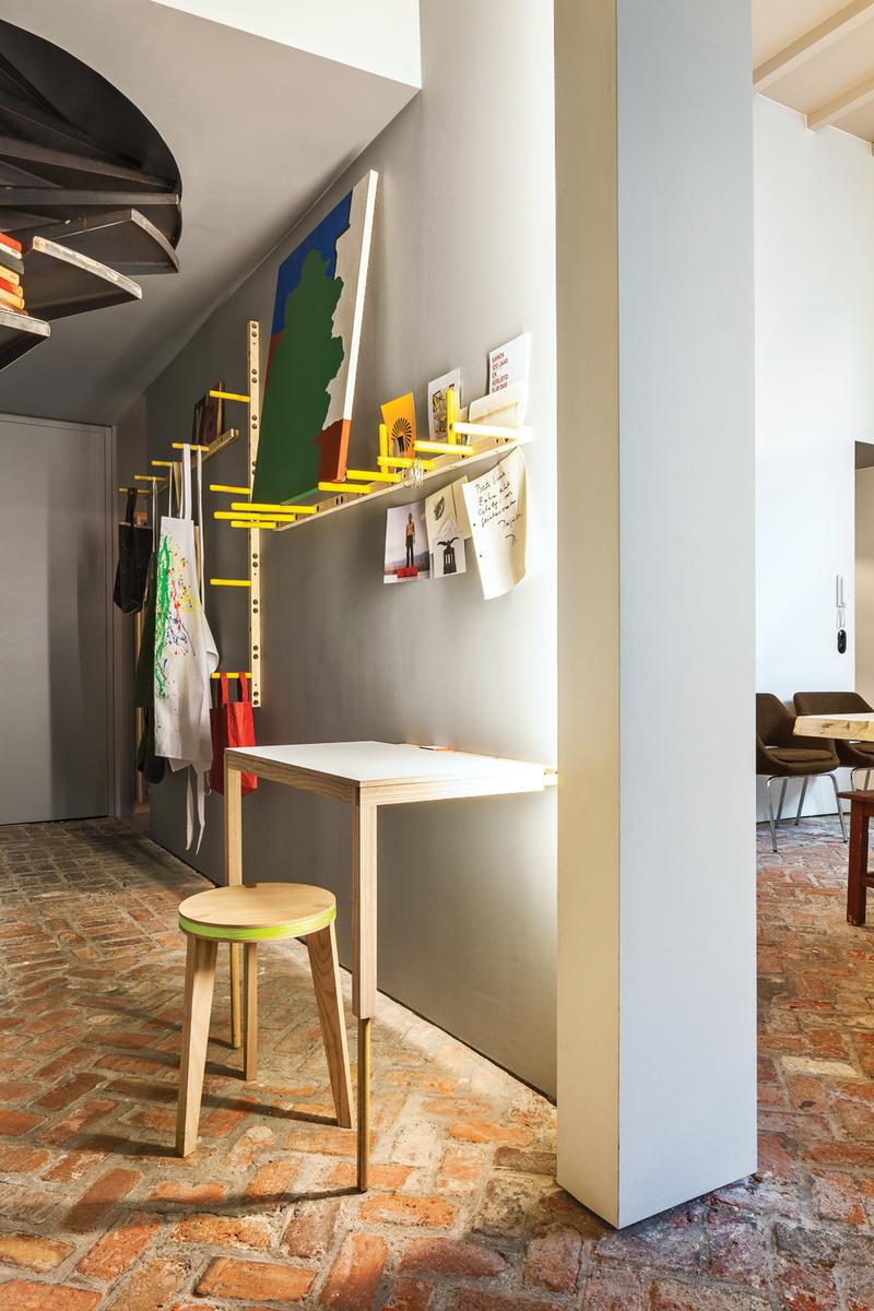 visite de la maison galerie de veerle wenes val rie traan. Black Bedroom Furniture Sets. Home Design Ideas