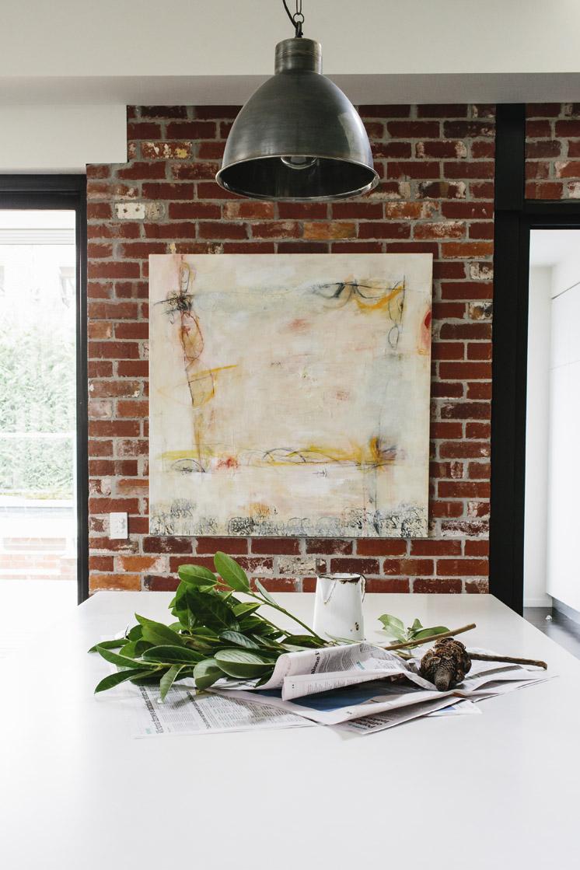Entre loft et maison contemporaine chez la styliste Lynda Newton