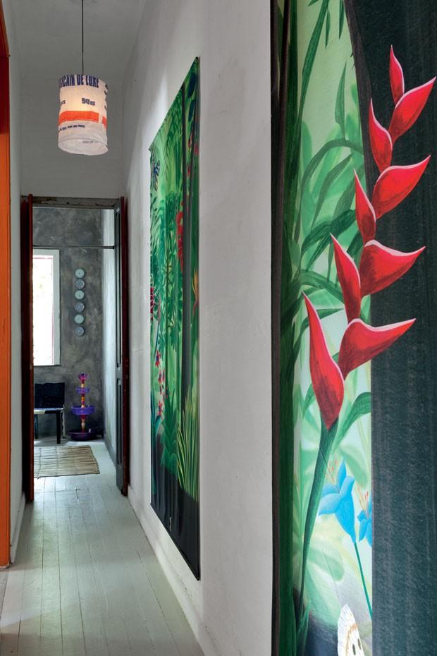 La maison du designer brésilien Bruno Jahara |- #peintures #tropicales