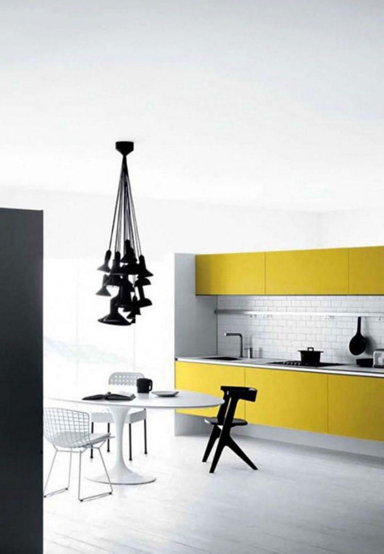 Idée de cuisine : jaune et blanc