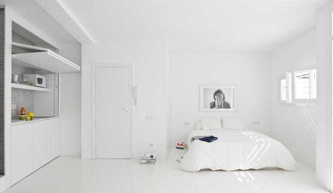 Une chambre blanche comme un cocon douillet || The white retreat Sitges en Espagne