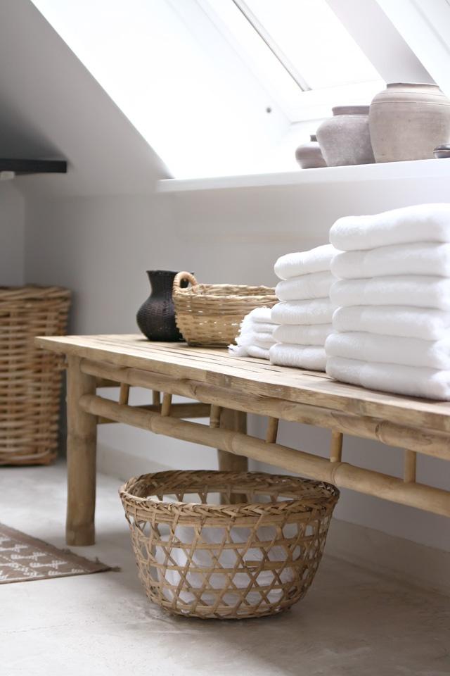 Des idées pour personnaliser sa salle de bain : Donner de la chaleur au blanc avec un côté zen