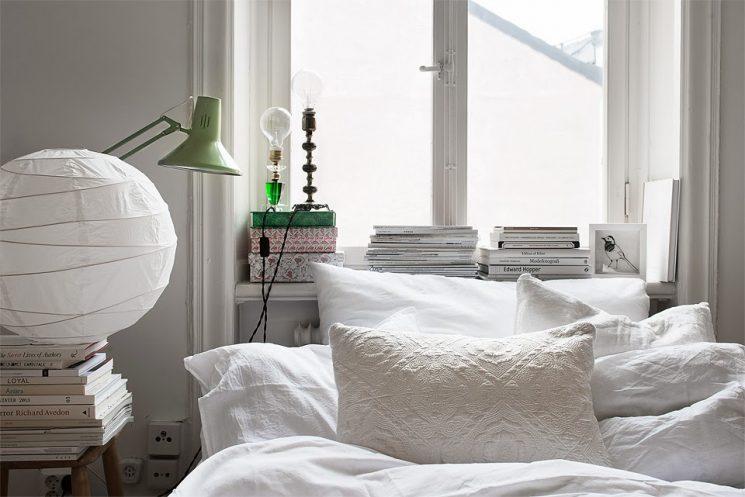 Une chambre blanche comme un cocon || Pour réchauffer le blanc, jouer des matières et des textures