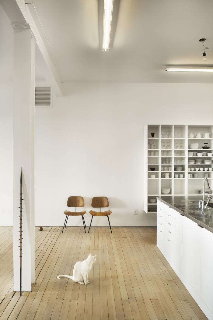 qb3 White loft