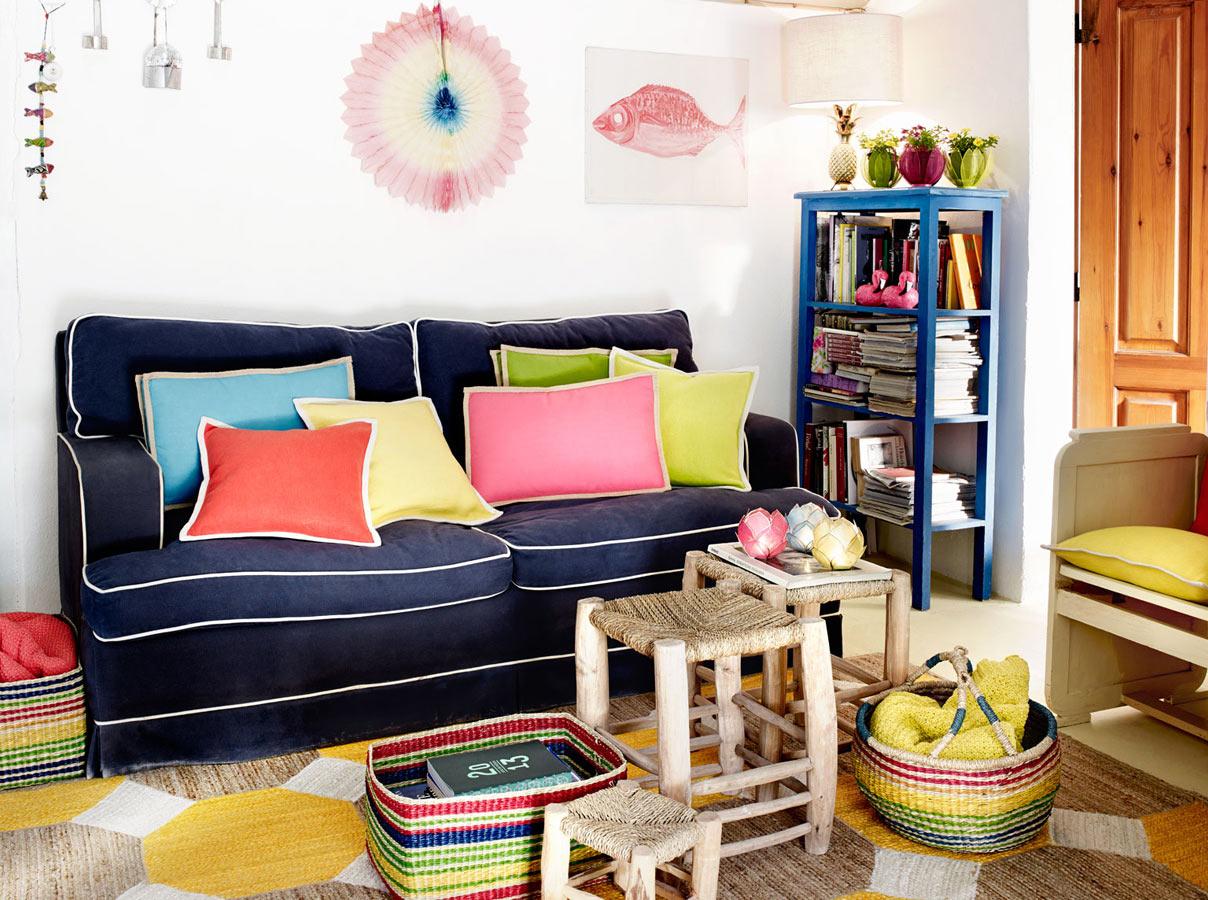bient t l 39 t images de catalogues. Black Bedroom Furniture Sets. Home Design Ideas