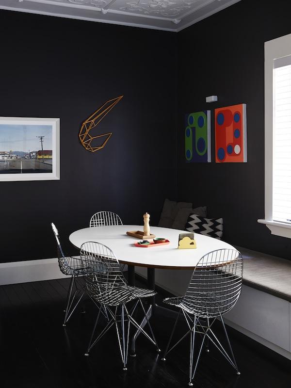 Osez les couleurs noires en déco | La maison de Dion Horstmans à Sydney
