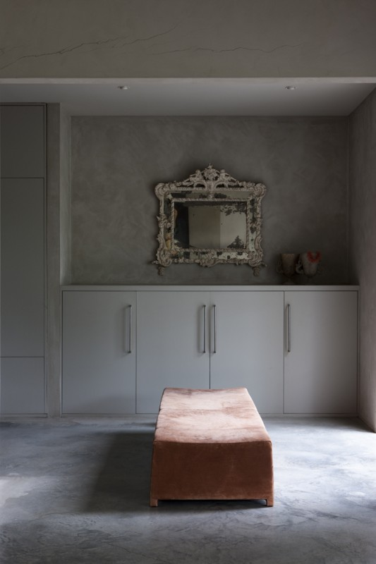 Palette de matière : Aspect ciment et béton brut | Willoughby house - Vision d'un intérieur classique en ciment et béton