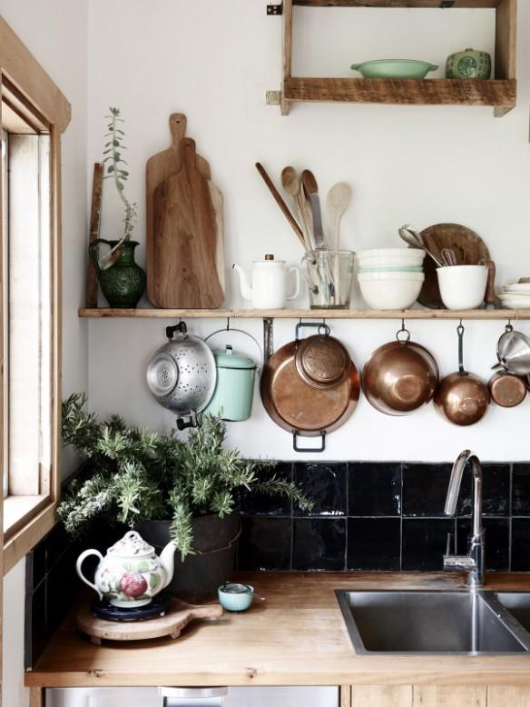 Le charme d'une cuisine rustique | Tamsin Carvan-kitchen