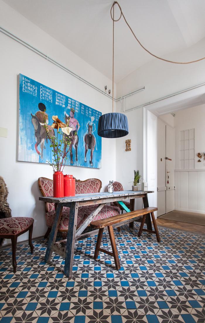 Laura Karasinski Vienne apartment-office