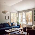 Trois intérieurs au décor -faussement- simple