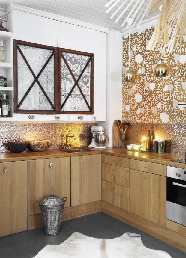 Line Evensen home - Golden detail