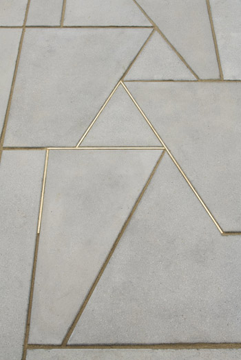 Kuenstler Boyce design - Golden detail
