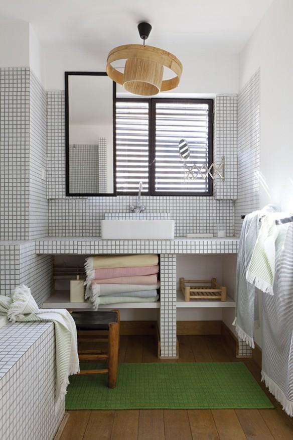 le catalogue vivaraise t 2015 sur un air de marseille. Black Bedroom Furniture Sets. Home Design Ideas