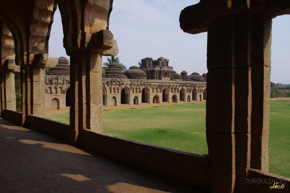 Voyage en Inde - Site de Hampi - Les écuries royales d'éléphants