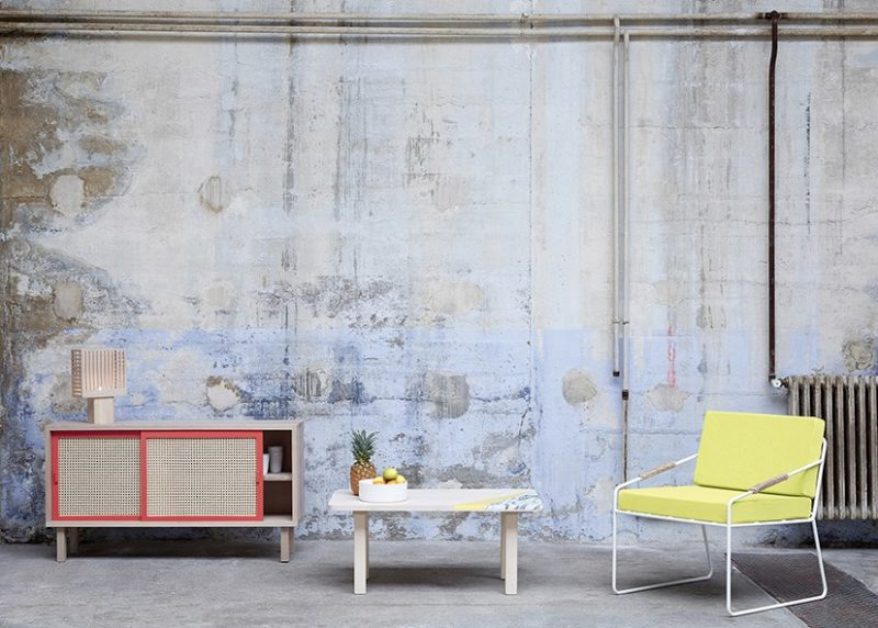 Nouvelle collection 2015 de l'éditeur français Colonel. Une collection de meubles et objets design, aux couleurs acidulées