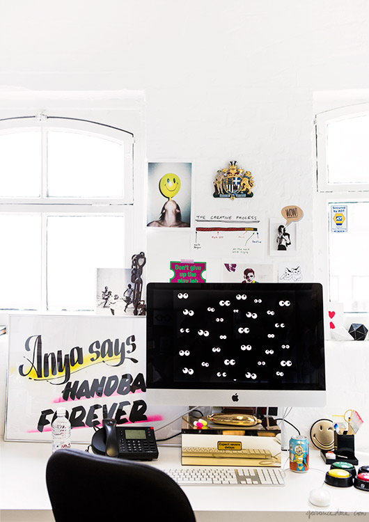 Anya hindmarch office par Garance Doré