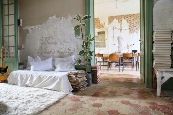 un ch teau boh me pour les petites emplettes. Black Bedroom Furniture Sets. Home Design Ideas