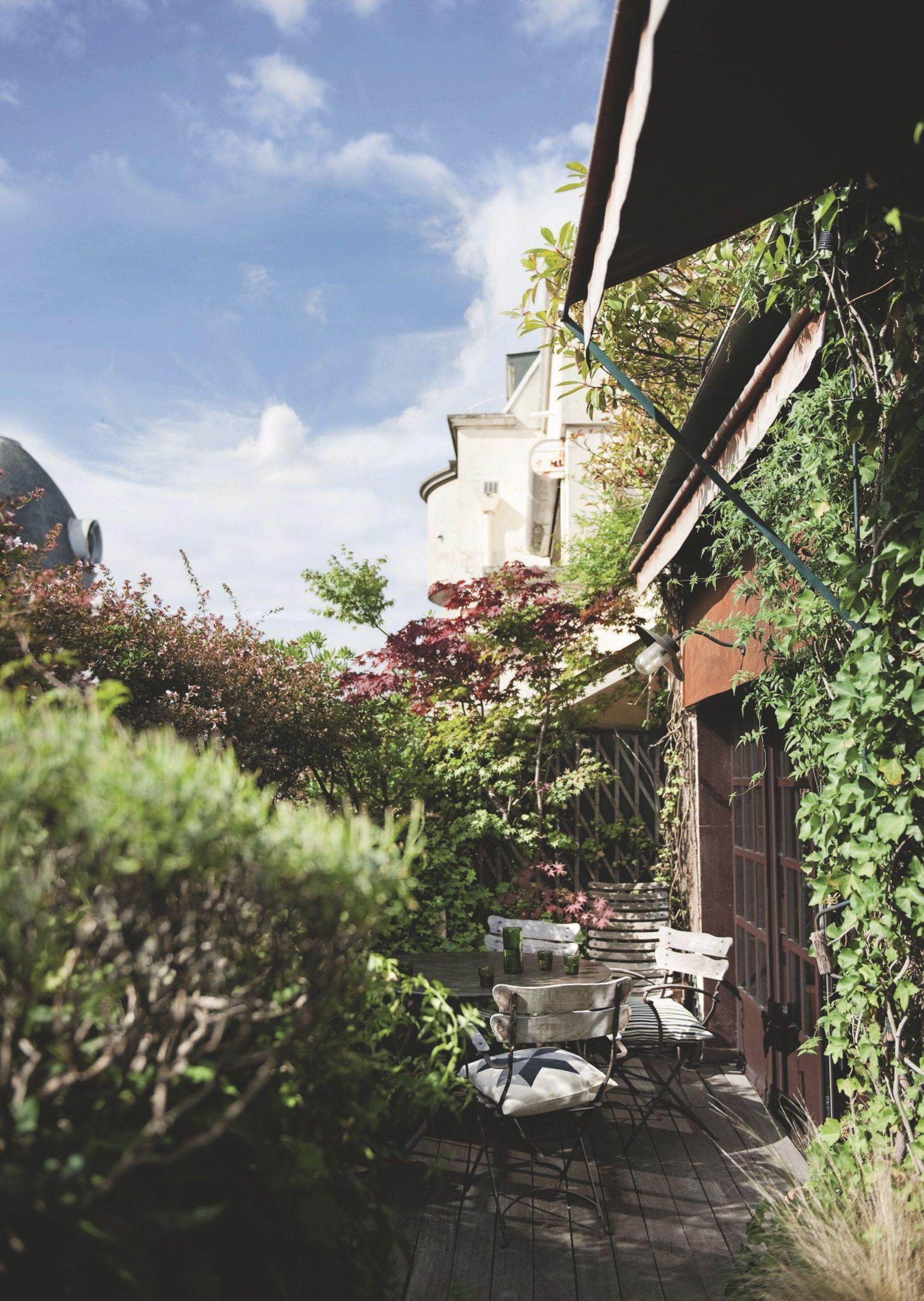 Duplex XVI par l'agence D.Mesure || Un jardin dans la ville