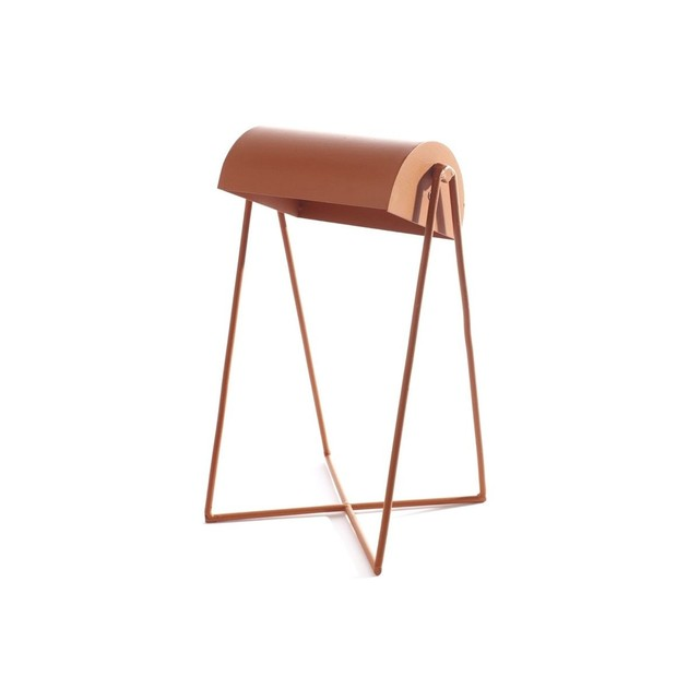 http://www.turbulences-deco.fr/wp-content/uploads/2015/05/serax_Lampe-de-Table-Antonino-Terracotta.jpg
