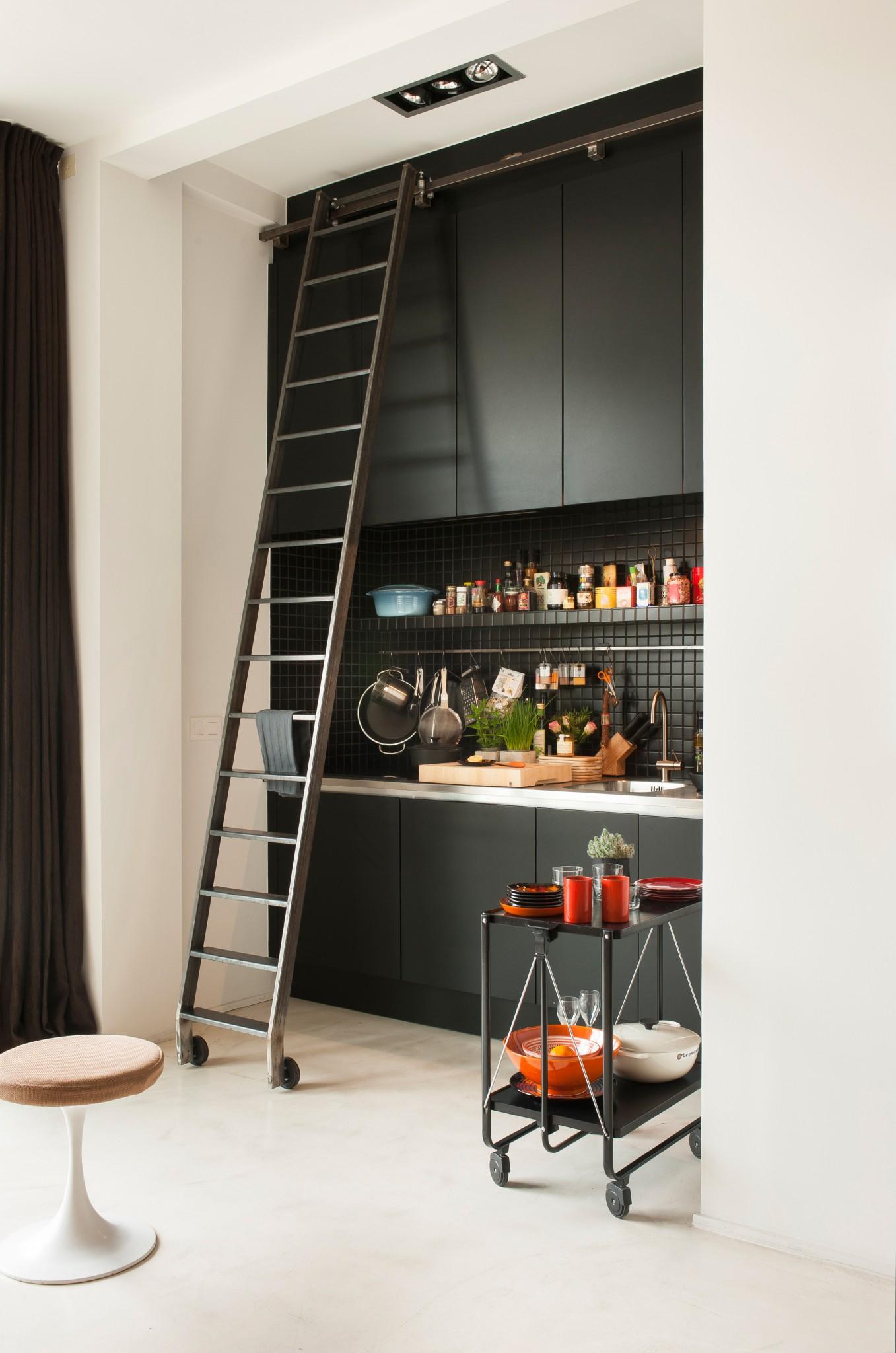 Frederic-Hooft_city-apartment_1