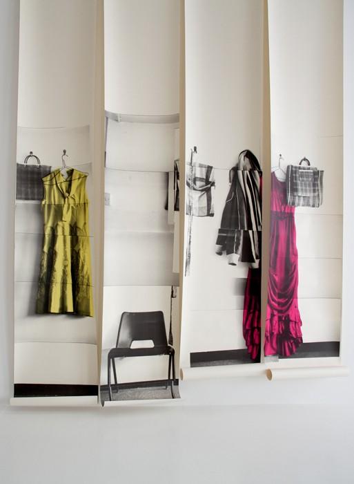 Sélection de papiers-peints en trompe-l'œil || Papier-peint trompe-l'oeil Ballgown dress par Deborah Bowness