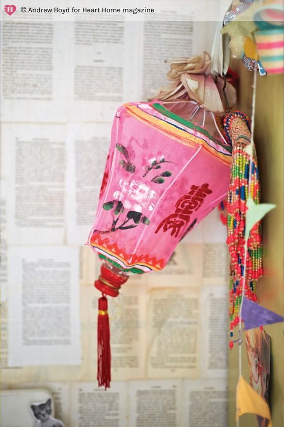 via Heart home mag - Chambre d'enfant bohème récup' et customisation || #lanterne #chinoise