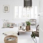 pour une salle de bains scandinave monochrome. Black Bedroom Furniture Sets. Home Design Ideas