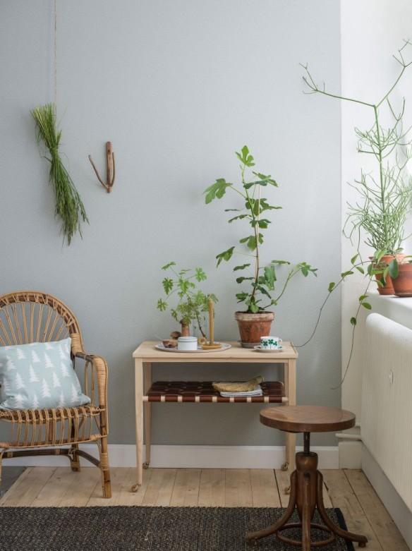Emma von Bromssen - Eco simplicity Bellis wallpaper