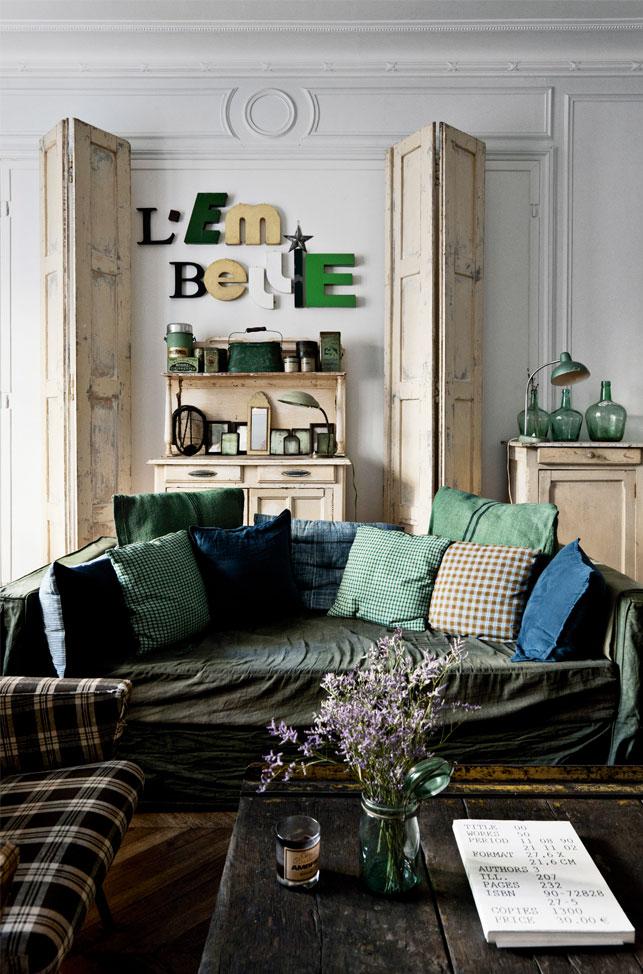 L'appartement parisien d'Ariane Dalle à l'esprit brocante campagne