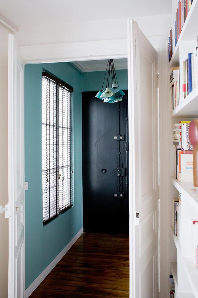 Henriette Paris 9 - Inside Closet