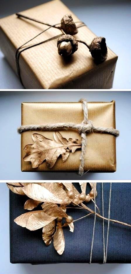 Paquets cadeau noir et or