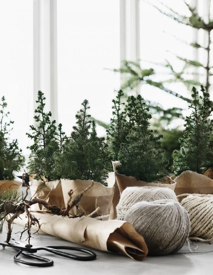 Décoration de Noël inspirée de la nature || Mini sapins de Noël dans du papier craft