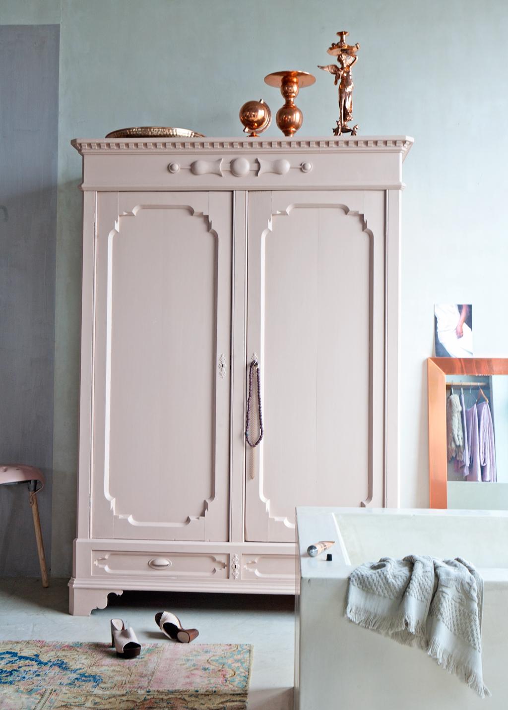 Pantone 2016 Rose Quartz et Bleu Sérénité || VTwonen armoire rose pale