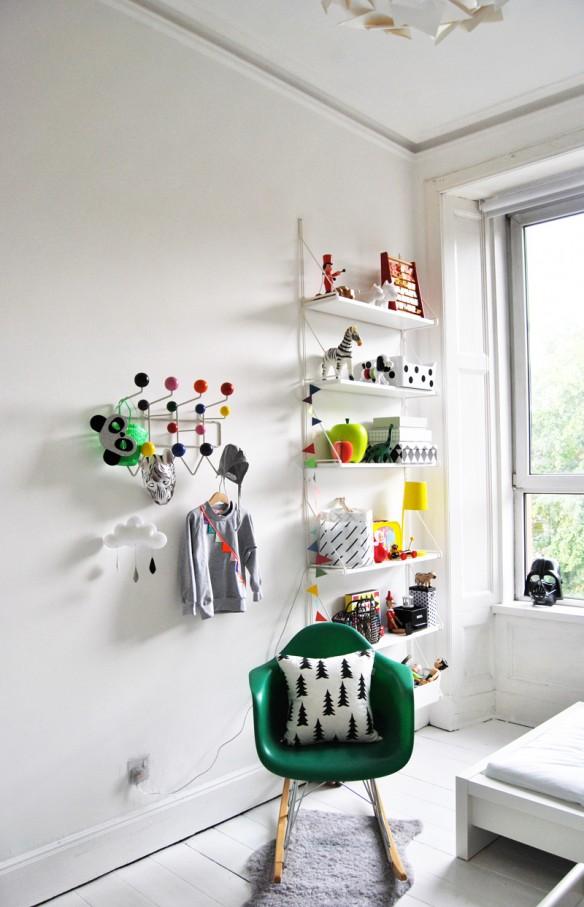 A Merry Mishap blog - Chambre de style scandinave en noir et blanc