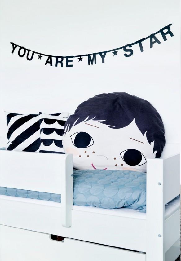 Chambre d'enfant en noir et blanc - Accessoires en noir et blanc et touches de couleur