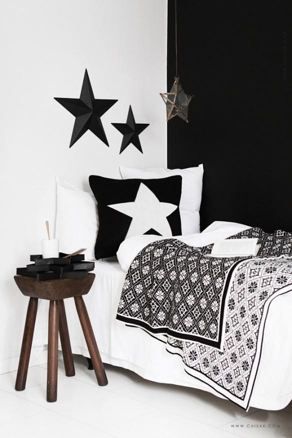 Chambre ethnique en noir et blanc de style scandinave par CaisaK