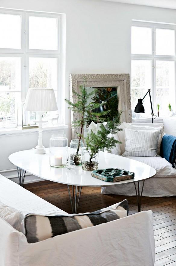 Décoration de Noël inspirée de la nature || Des branches de sapin dans des vases