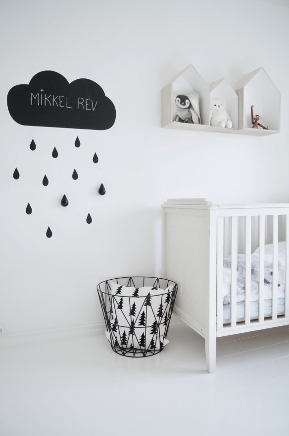 une chambre d 39 enfant en noir et blanc. Black Bedroom Furniture Sets. Home Design Ideas