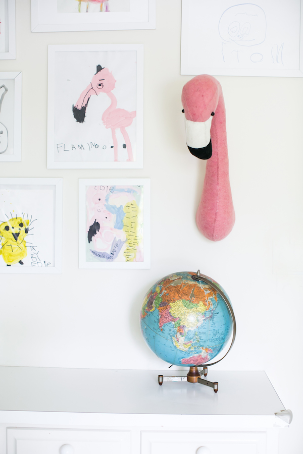Chambre d 39 enfant monochrome blanche for Chambre d enfant design