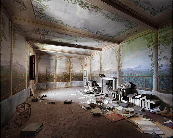 """Effet """"vieilles demeures"""" et patines    Henk van Rensbergen portfolio - Palais abandonné en Italie"""