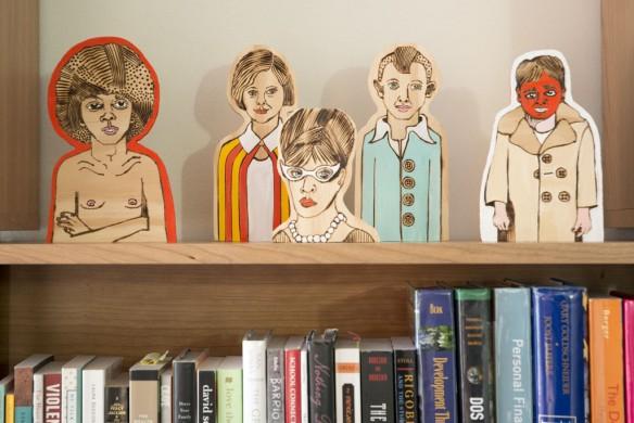 X façon de ranger ses livres de façon improbable - Quand la bibliothèque devient décor