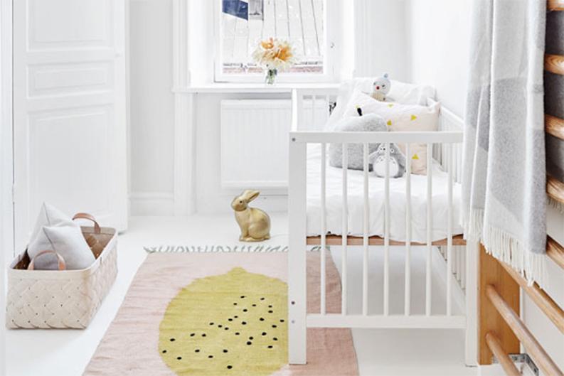 Pourquoi pas du blanc pour la chambre de b b for Pourquoi humidifier chambre bebe