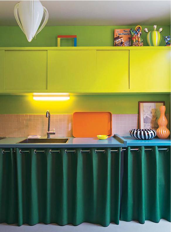 L'intérieur de Marco Mencacci qui ose la couleur en déco