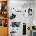 Un appartement moderne à la déco brute