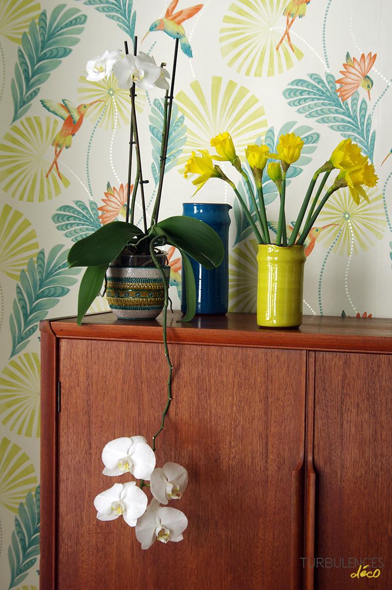 un bouquet de fleurs printanier. Black Bedroom Furniture Sets. Home Design Ideas